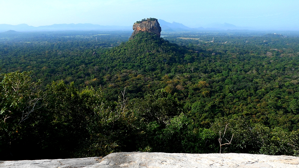 Pidurangala vue sur Sigiriya