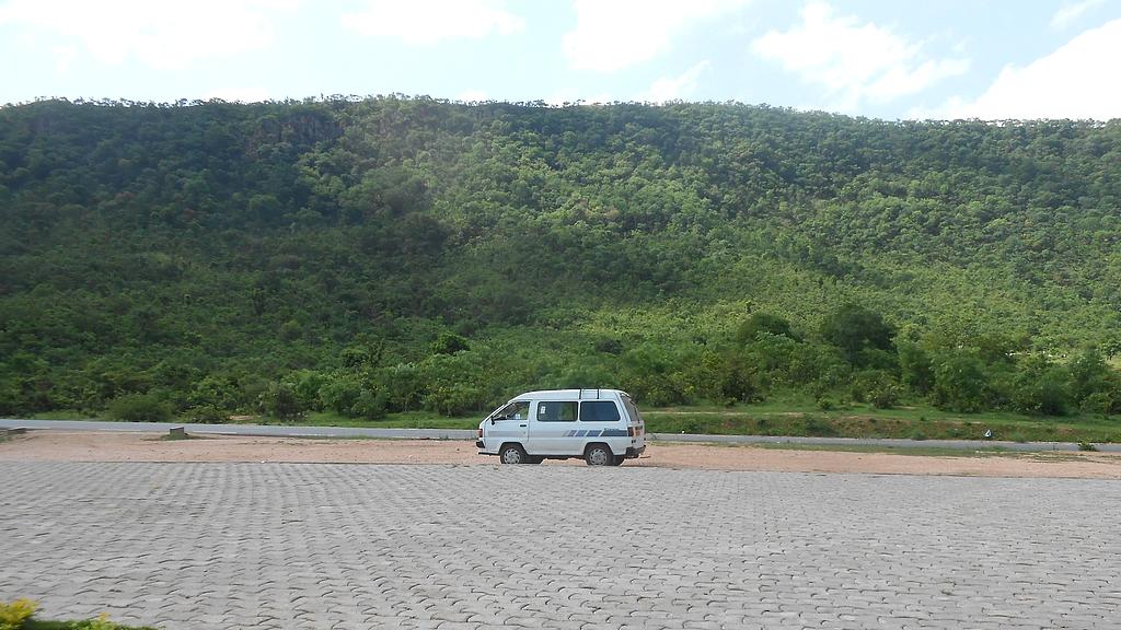 Van pour Road trip Togo